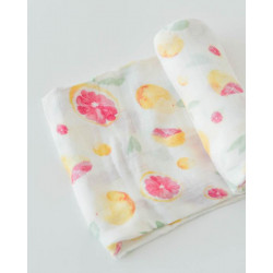 "Deluxe Muslin Swaddle: ""Grapefruit"" von Little Unicorn"