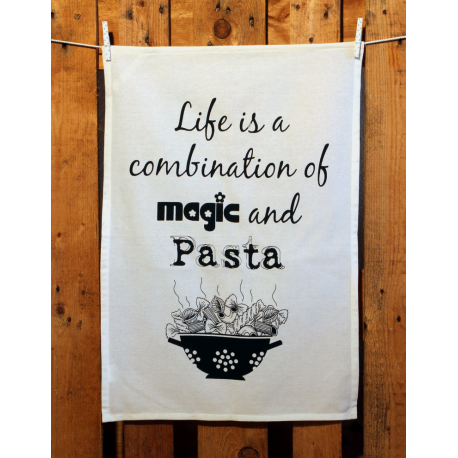 Küchentuch: Life is a combination of magic and pasta